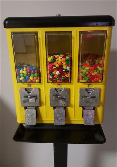 Bubble Gum Machine - Who Invented Gumball Machine?